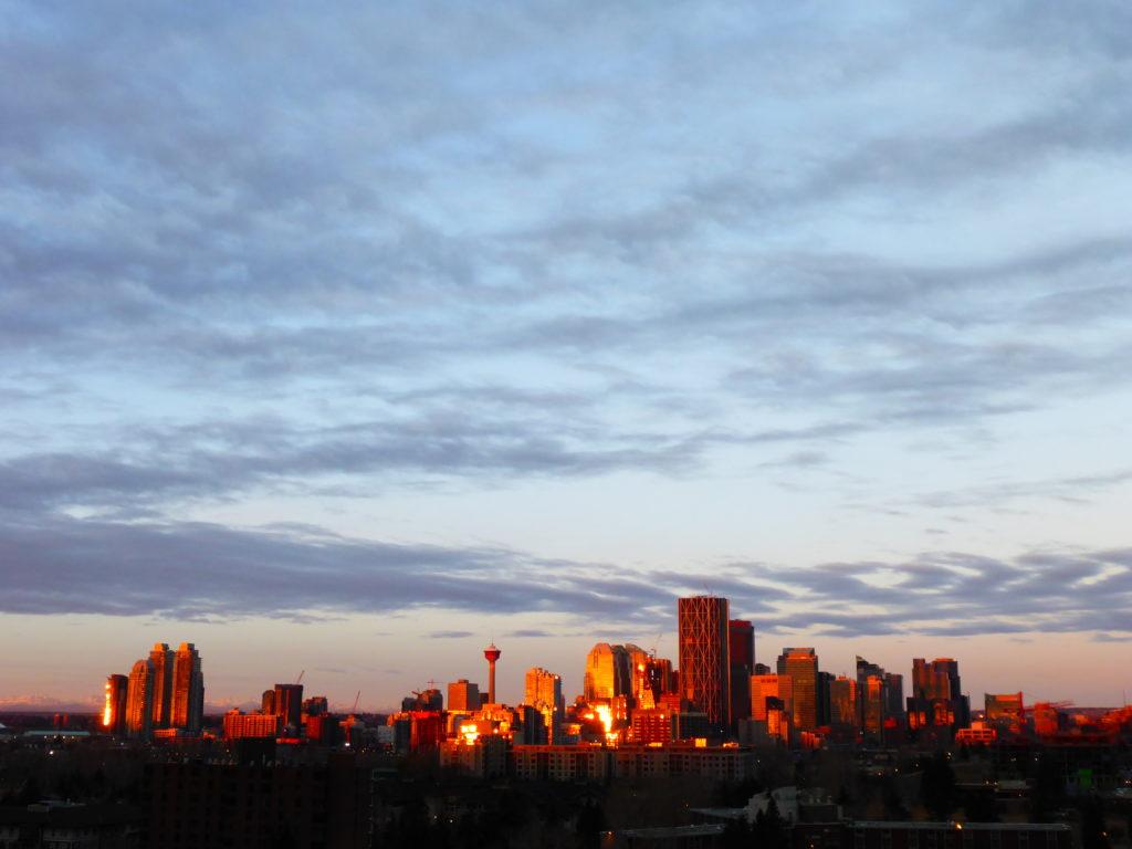 www.iamcalgary.ca Calgary Skyline Sunrise