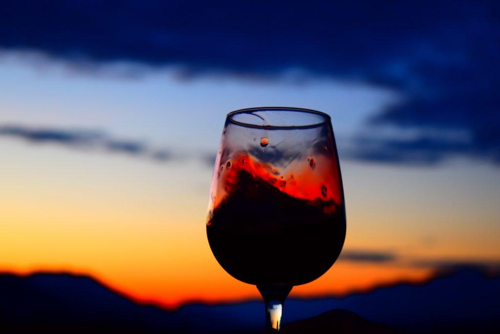 www.iamcalgary.ca IAmCalgary Spring2019 Road Trip Radium Chalet Wine