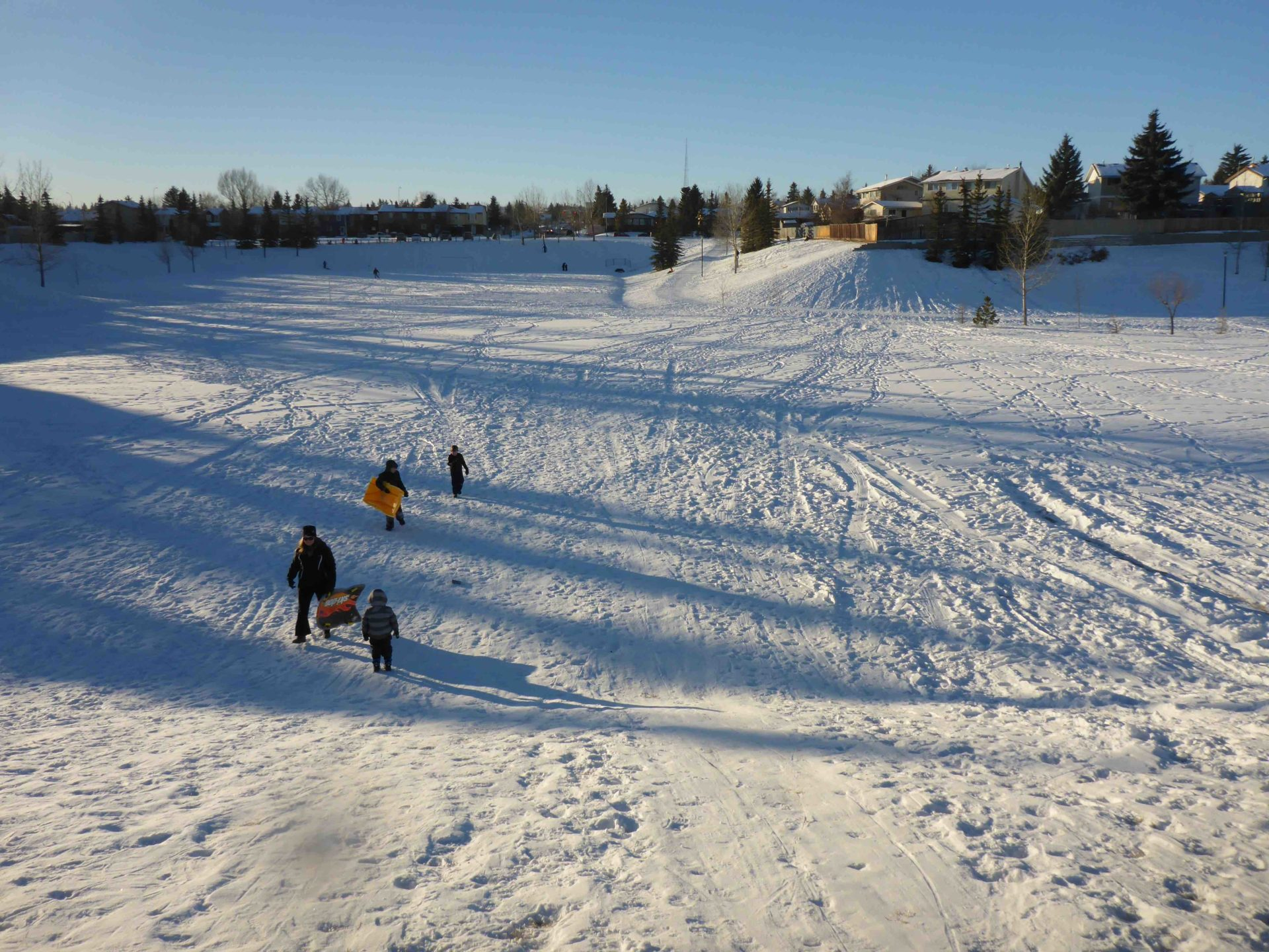 www.iamcalgary.ca I Am Calgary Toboggan and Sled Slopes Fonda Park