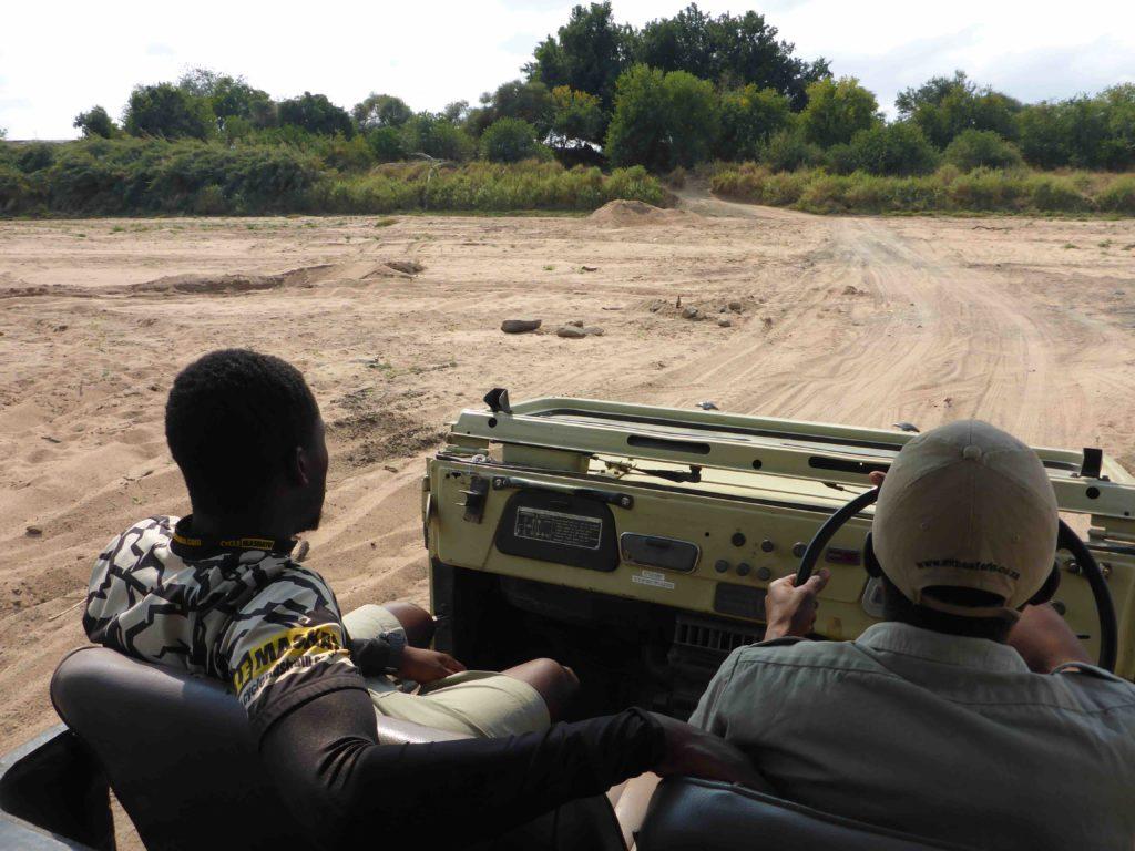 www.iamcalgary.ca IAmCalgary 2016 Cycle Mashatu Botswana Safari 4x4 Limpopo Crossing