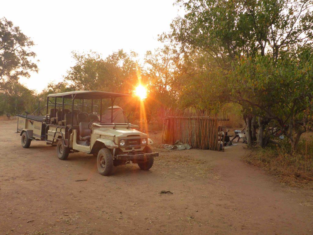 www.iamcalgary.ca IAmCalgary 2016 Cycle Mashatu Botswana Safari Camp Sunset 4x4