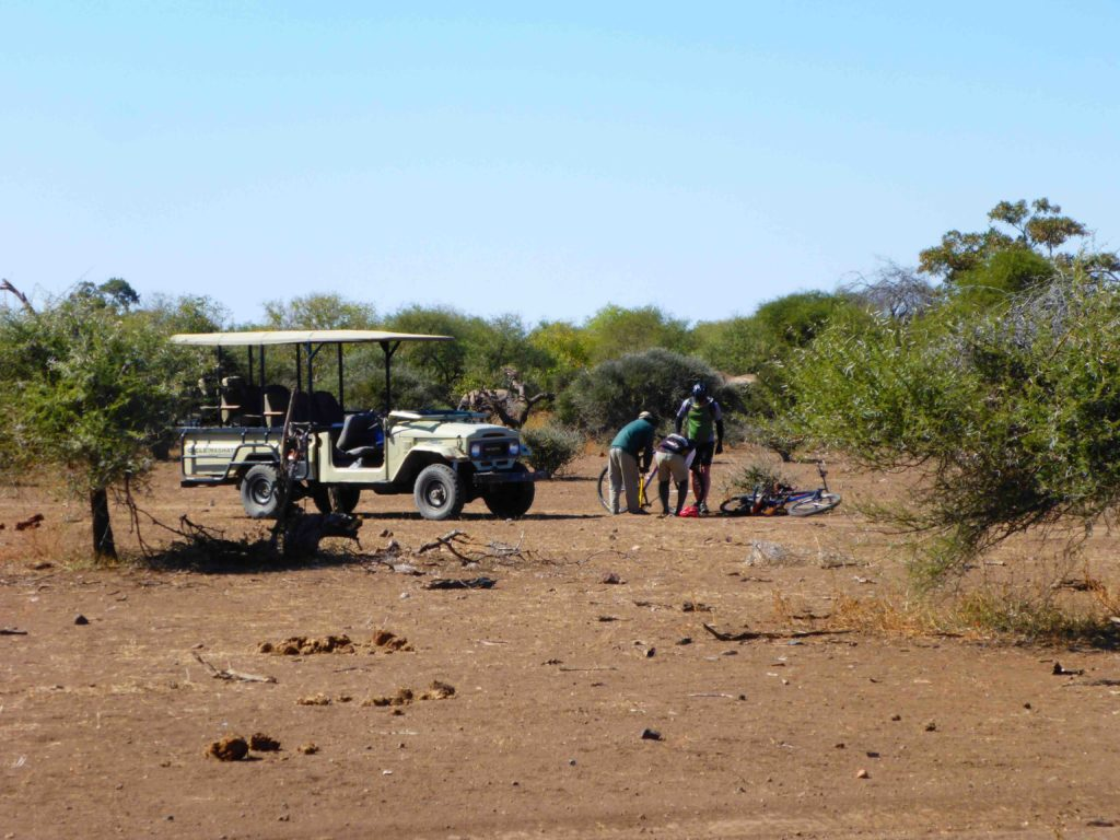 www.iamcalgary.ca IAmCalgary I Am Calgary Botswana Mashatu Cycle Tire Repair