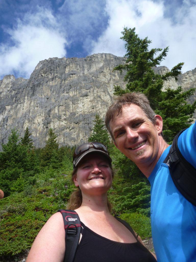 www.iamcalgary.ca IAmCalgary Day Hike Equipment Prep Yamnuska